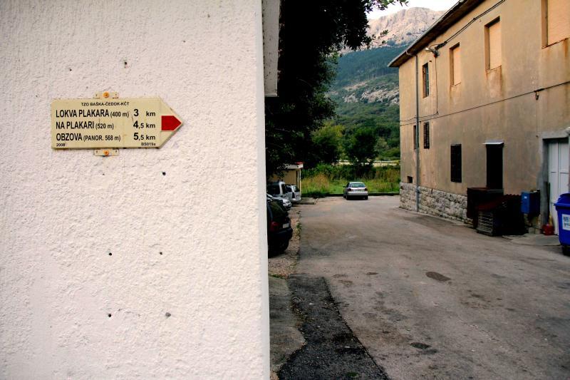 Obzova otok Krk avtobusna postaja Draga bascanska