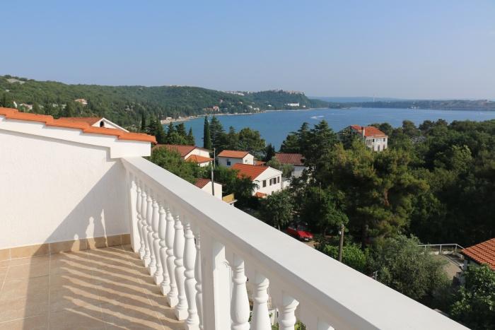 Vila Lavanda Omišalj - pogled s terase