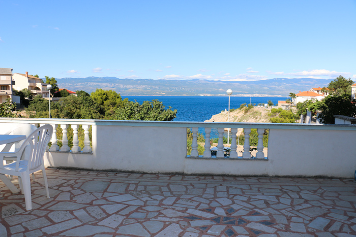 Prekrasen razgled s terase - Apartmaji Krk
